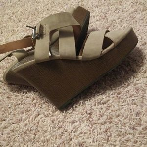 Cute wedges new without tag